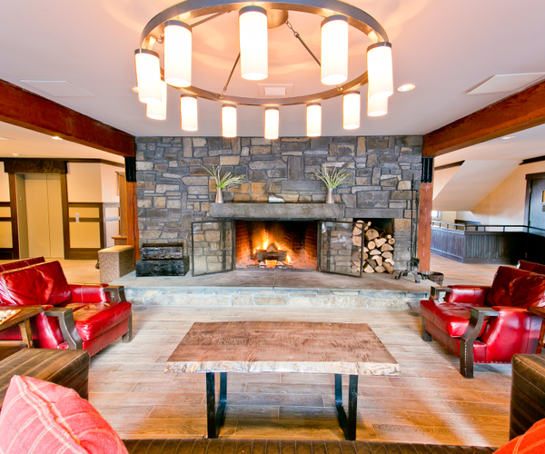 New Life Hiking Spa Rooms & Dining