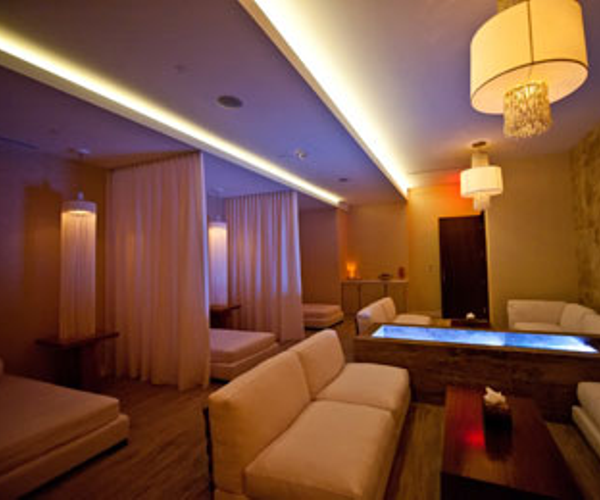 Glow, a Mandara Spa Rooms & Dining